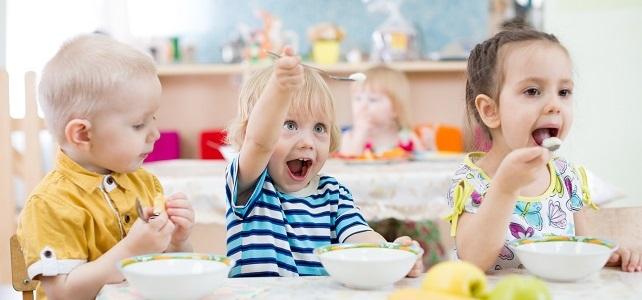 Ab jetzt: Förderung für Kita- & Schulfrühstück beantragen
